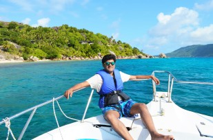 Felicite island posing !
